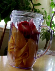 mango-strawberry-smoothie